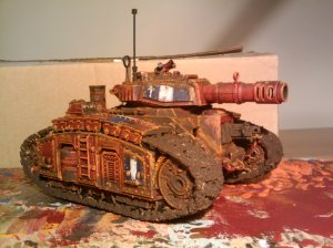 Finished and painted... loads of mud and rust (GW texture/Typhus Corrosion/Ryza rust)